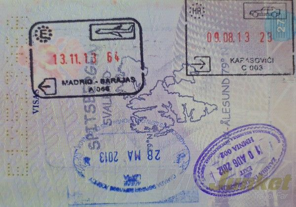 While flipping through my passport recently, all these memories just came flooding back.I suddenly remembered how the customs officer got us to skip the long line at the Bolivian-Argentinean ...